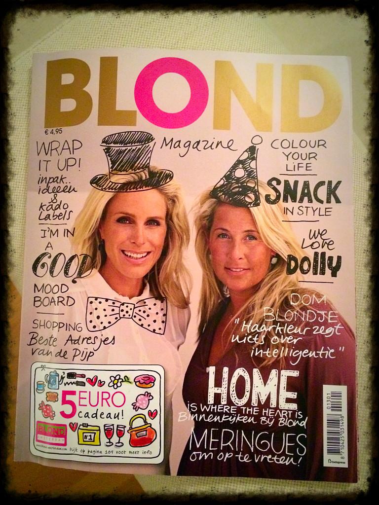 Janneke en Femque op de cover van Blond Magazine