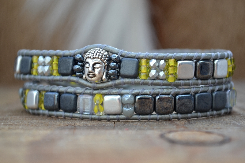 Happy buddha grey yellow Just Loes