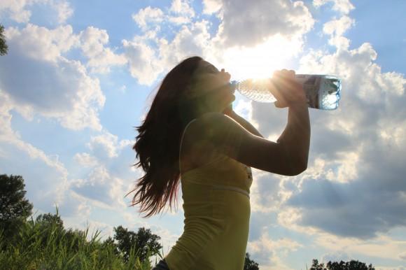 Water drinken bij warmte