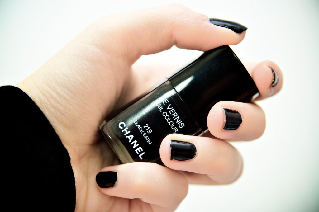 black Chanel nailpolish