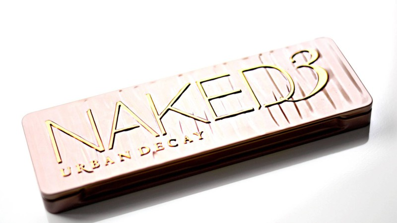 Urban Decay Naked3: Review, swatches + look