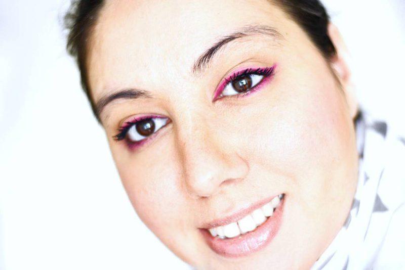Sleek acid 570 pink eyeliner