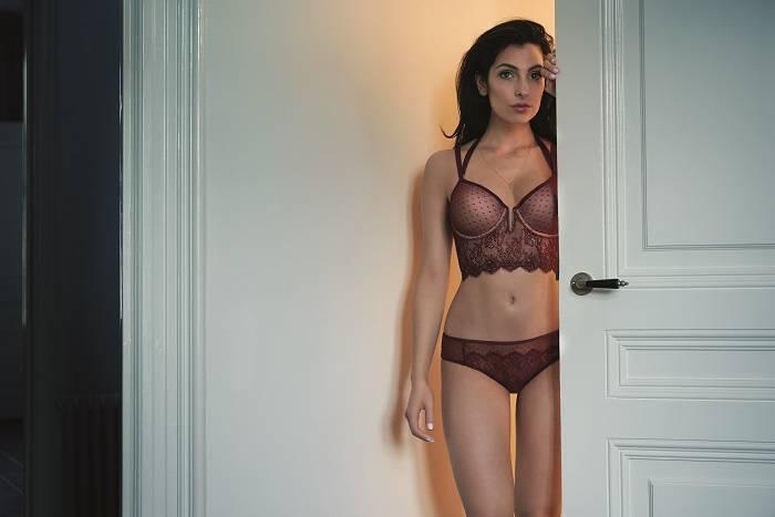 Anna Nooshin by Hunkemöller brown lingerie