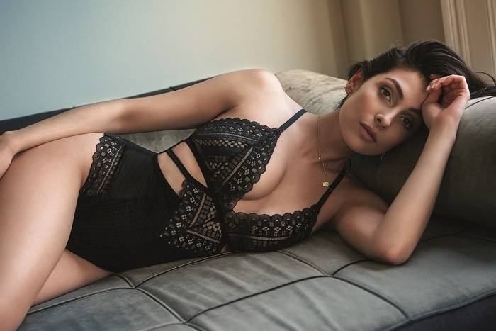 Anna Nooshin lingerie Hunkemöller trend patchwork body