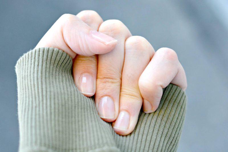 Nagels met Complete Care 7-in-1 Sally Hansen imfeelinggood