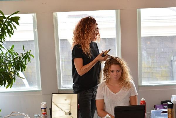 Hair styliste Roxanne #SpecTrends Specsavers