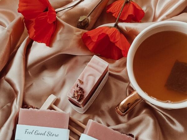 Handgemaakte rozen zeep vierkant