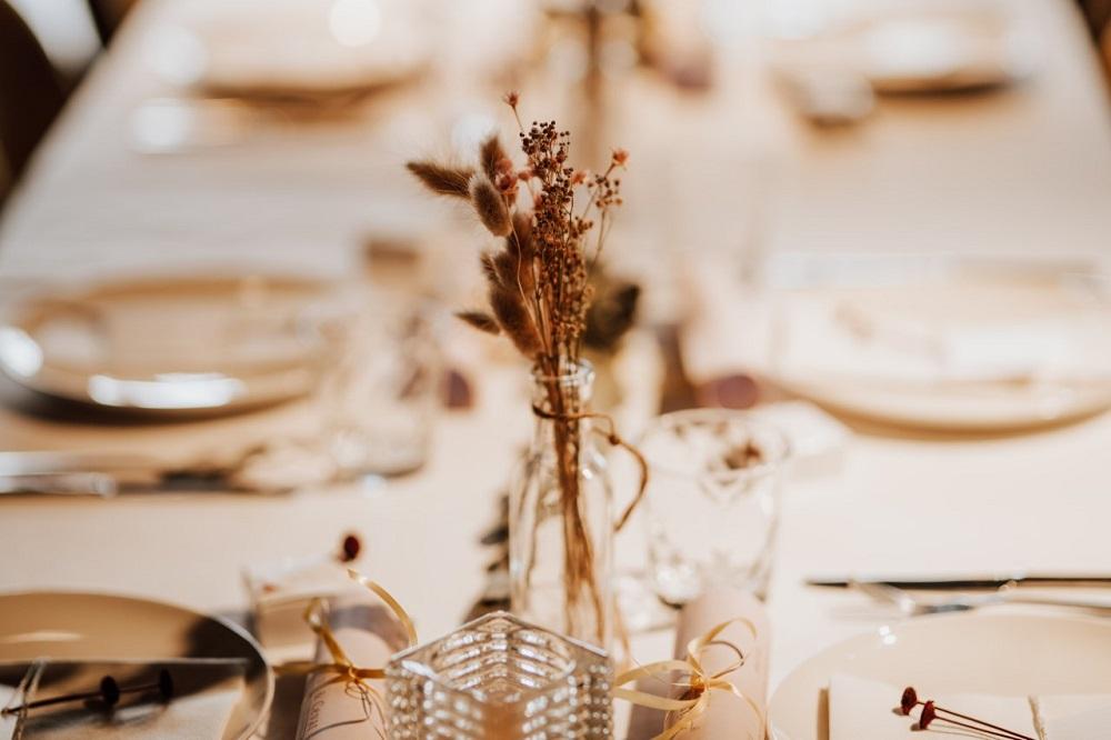 Huwelijkslunch tafelopmaak